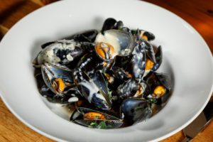 Suesey Street, Irish Mussels, Con O'Donoghue