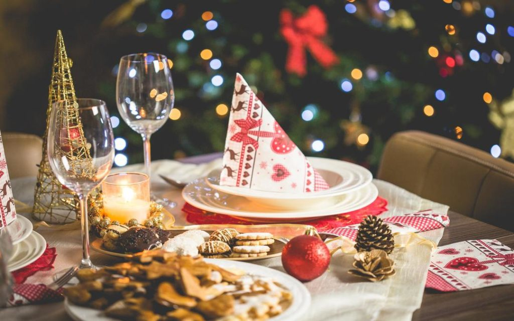 Christmas table, Christmas dinner, dinner tips, plan ahead